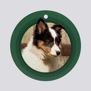 Shetland Sheepdog Puppy Round Green Ornament