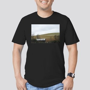 Gil Warzecha - Travel Men's Fitted T-Shirt (dark)