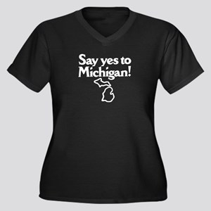 Say Yes to Michigan Women's Plus Size V-Neck Dark