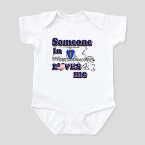 Someone in massachusetts loves me Infant Bodysuit