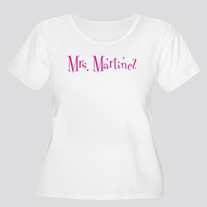 Mrs. Martinez Women's Plus Size Scoop Neck T-Shirt