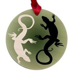Lizard Art Maple Round Ornament