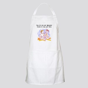 What Twins say under this BBQ Apron