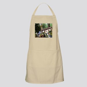 There Goes Bill! is an origin Apron