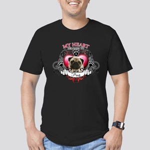 My Heart Belongs to a Pug Men's Fitted T-Shirt (da