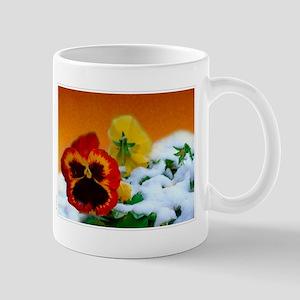 Pansies and snow ! Mug