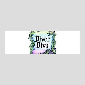 Diver Diva Box 36x11 Wall Peel