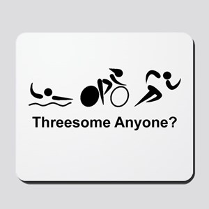 Threesome Anyone? Mousepad