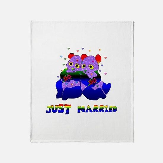Just Married Bears Throw Blanket
