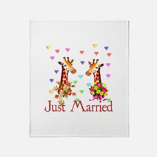 Wedding Giraffes Throw Blanket