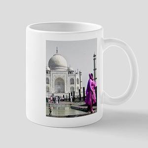 Woman at Taj Mahal Mug