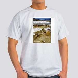 Yellowstone Mammoth Hot Springs (Front) Ash Grey T