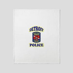 Detroit Police Dive Team Throw Blanket