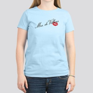 """Mrs de Villiers"" Women's Light T-Shirt"