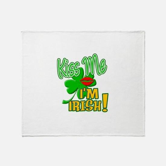 > Kiss Me I'm Irish! Throw Blanket