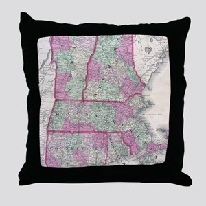 Vintage Map of New England States (18 Throw Pillow