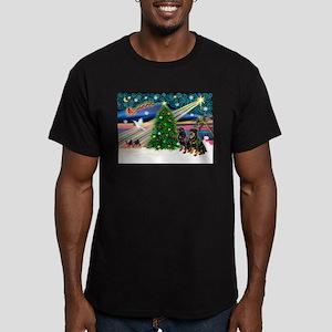 XmasMagic/2 Rotties Men's Fitted T-Shirt (dark)