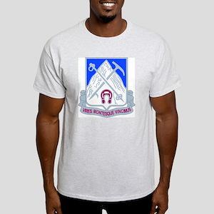 DUI - 2nd Bn - 87th Infantry Regt Light T-Shirt
