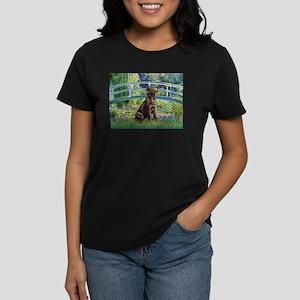 Bridge / Labrador (Choc) Women's Dark T-Shirt