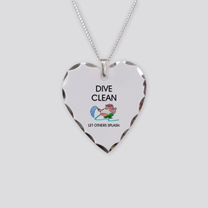 TOP Dive Clean Necklace Heart Charm