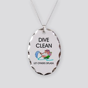TOP Dive Clean Necklace Oval Charm