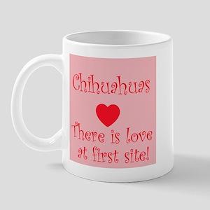 Chihuahuas love at first site! Mug