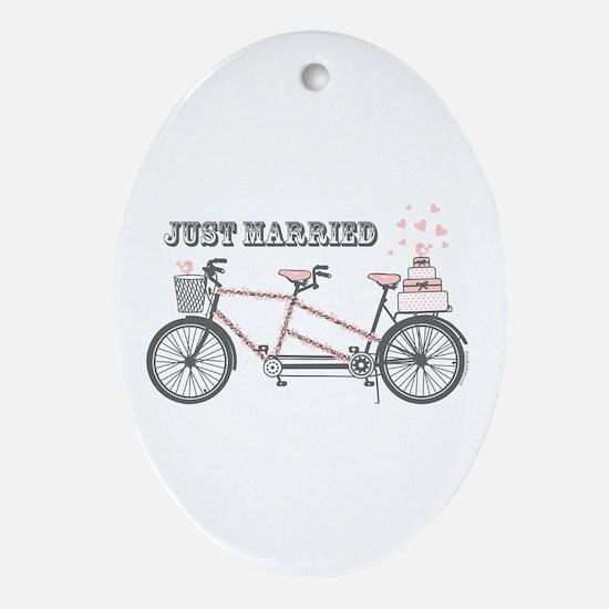 Tandem Bicyle Wedding Ornament (Oval)