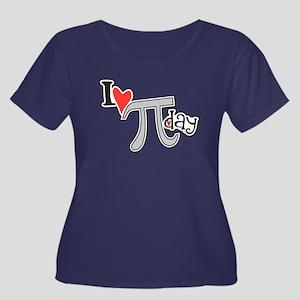 I heart (love) Pi Day Women's Plus Size Scoop Neck