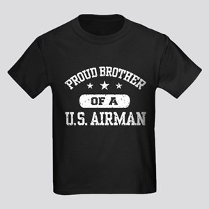 Proud Brother of a US Airman Kids Dark T-Shirt