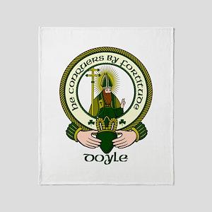 Doyle Clan Motto Throw Blanket