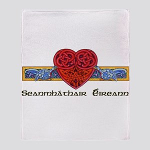 'Irish Grandmother' (Gaelic) Throw Blanket
