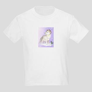 wolf in snow Kids T-Shirt