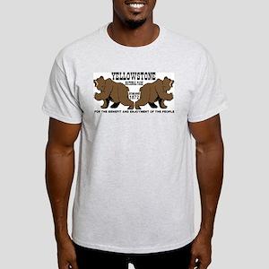 Grizzly Bears YNP Light T-Shirt