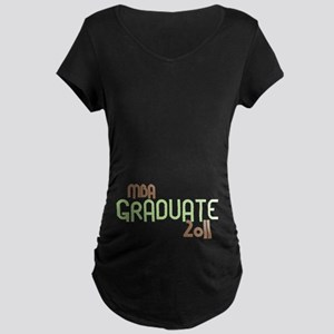 MBA Graduate 2011 (Retro Green) Maternity Dark T-S