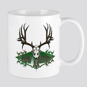 Bow hunter,deer skull Mug