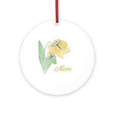 Mom (dragonfly) Ornament (Round)