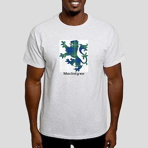 Lion-MacIntyre hunting Light T-Shirt