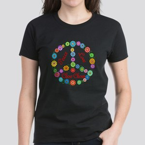 Peace Love Chow Chows Women's Dark T-Shirt
