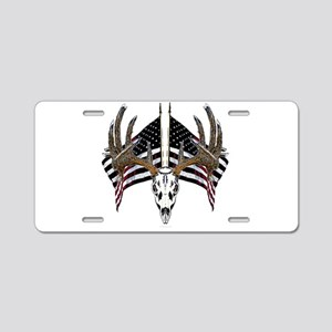 Whitetail skull on American f Aluminum License Pla