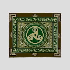 Single-Sided Celtic Triskel Blanket