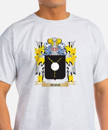 Zeiss Family Crest - Coat of Arms T-Shirt