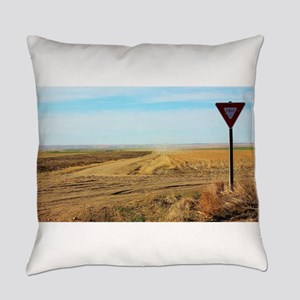 Yield to your dreams Everyday Pillow