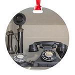 Vintage bakelite candlestick telephone Round Ornam
