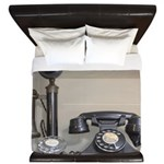 Vintage bakelite candlestick telephone King Duvet