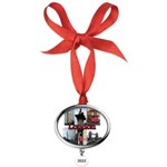 London Views Oval Year Ornament
