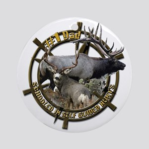 Hunting dad Ornament (Round)