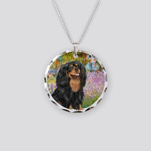 Garden / Cavalier (Bk-Tan) Necklace Circle Charm