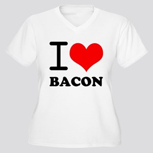 I Love Bacon Women's Plus Size V-Neck T-Shirt