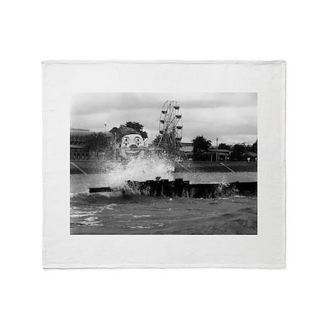 Pontchartrain Beach 1941 Throw Blanket