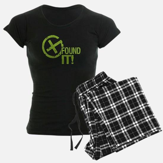Geocaching FOUND IT! green Grunge Pajamas
